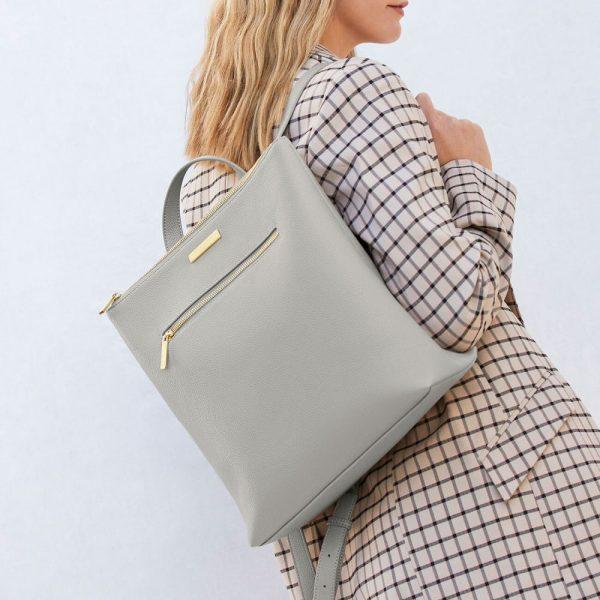 sac a dos brooke gris clair katie loxton